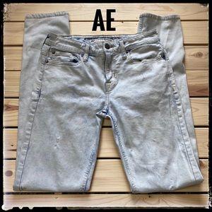 AE Light Acid Wash Extreme Flex Skinny Jeans